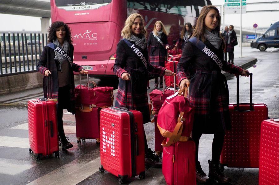 Mardi 20 novembre, les trente candidates au concours Miss France ont pris l'avion direction l'île Maurice pour une semaine de préparation.