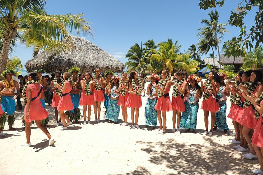 Les 30 Miss régionales arrivent à Moorea pour la deuxième étape du voyage de préparation à Tahiti, le 21 novembre 2019. Le concours Miss France 2020 aura lieu le 14 décembre à Marseille.