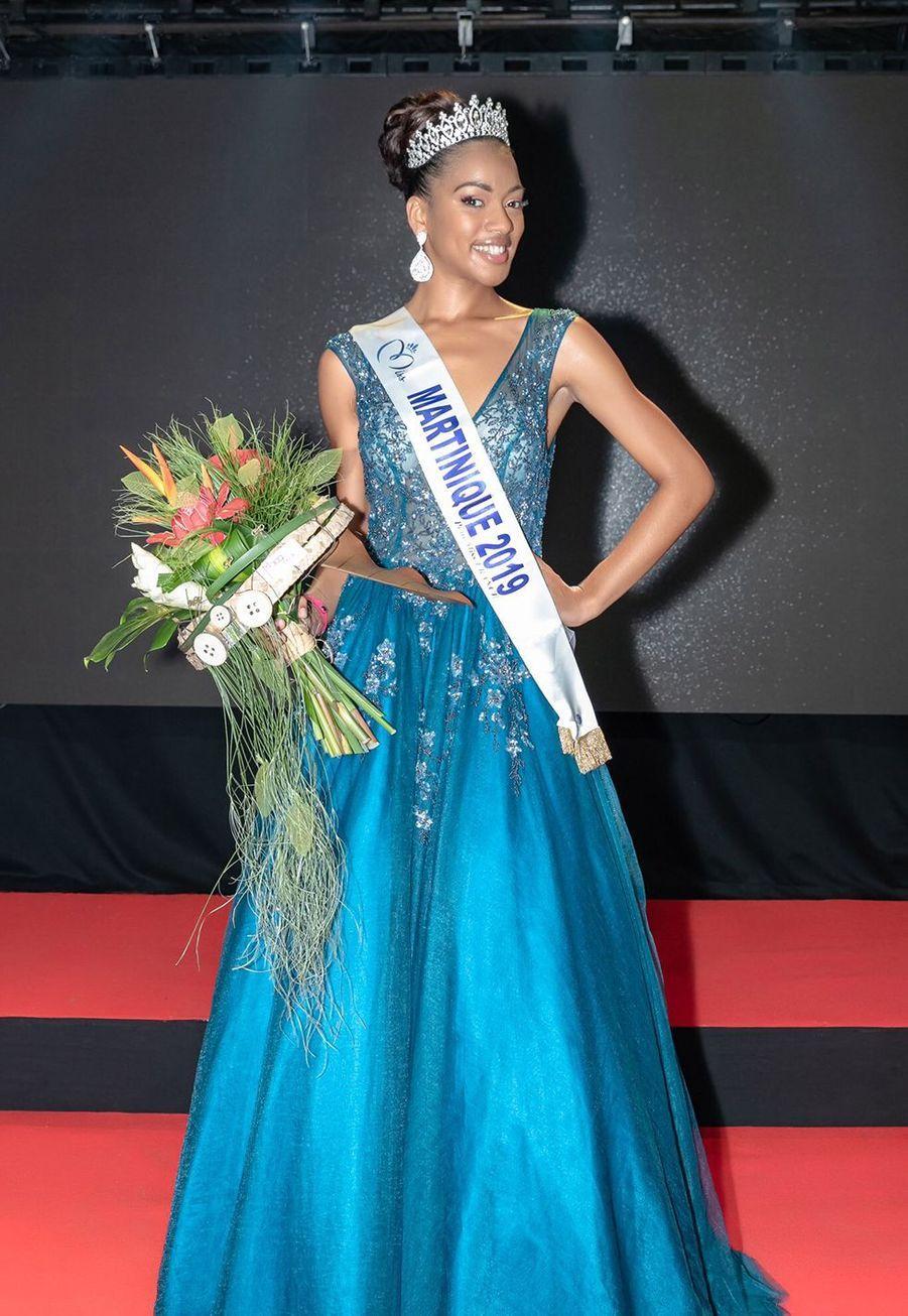 Ambre Bozza, Miss Martinique, 21 ans, 1m75, étudiante en seconde année d'école des arts, élue le 4 octobre 2019 à Fort-de-France