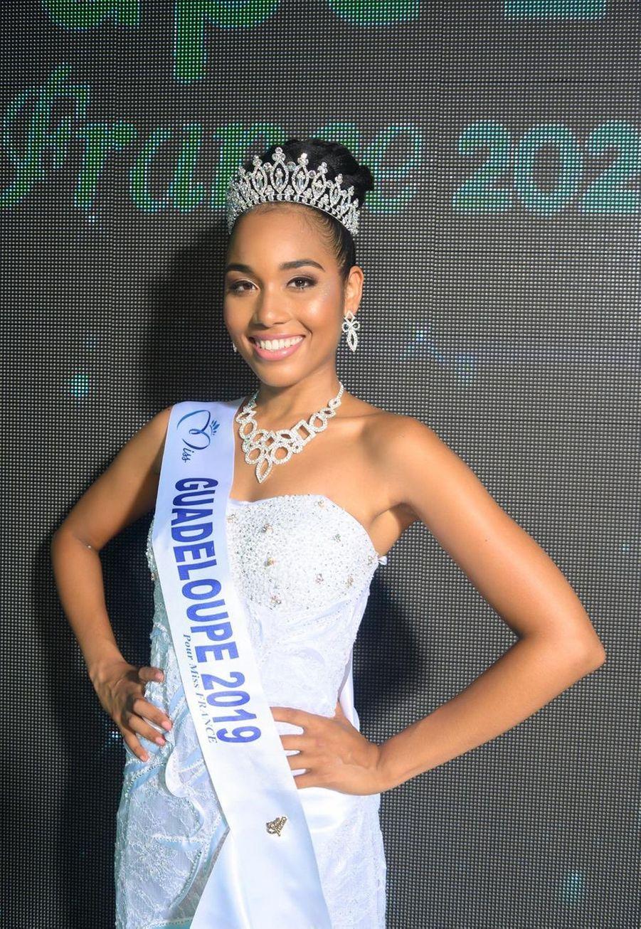 Clémence Botino, Miss Guadeloupe, 22 ans, 1m74, étudiante en histoire de l'art, élue le 4 août 2019 à Gosier