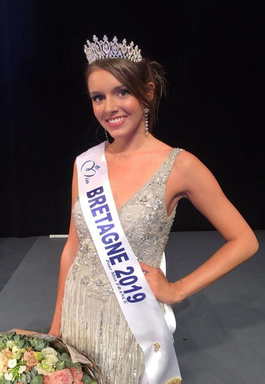 Romane Edern, Miss Bretagne, 24 ans, 1m73, étudiante en master de neuropsychologie, élue le 27 septembre 2019 à Ploemeur
