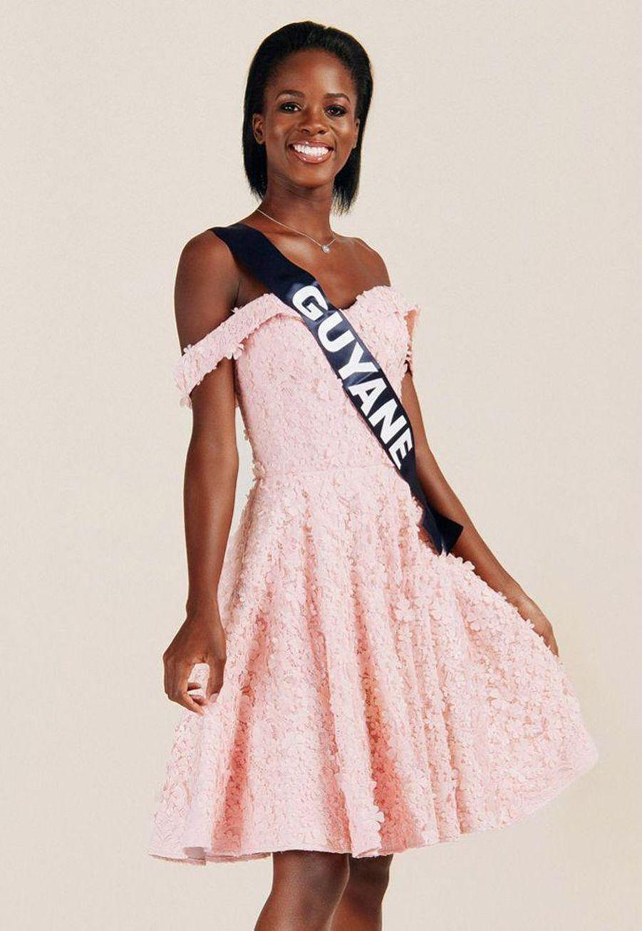 Dariana Abé, Miss Guyane, 21 ans, 1m73