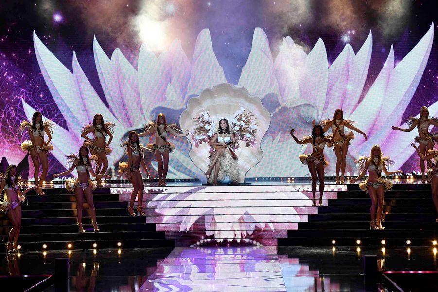 Vaimalama Chaves lors de la soirée de Miss France 2020.