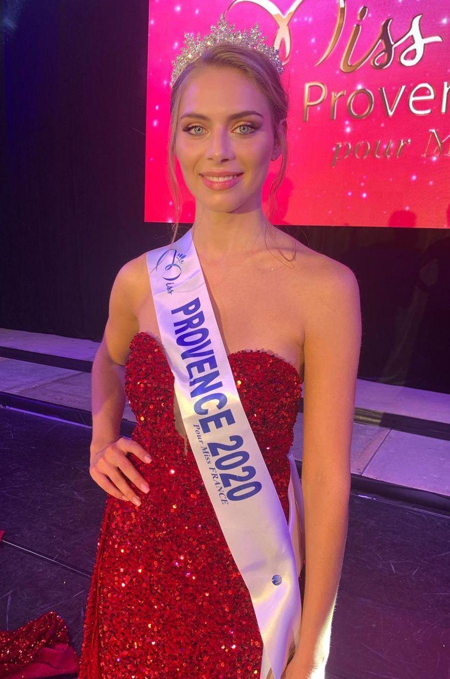 Miss Provence, April Benayoum, 21 ans
