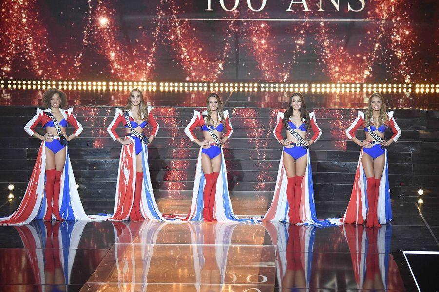 Amandine Petit, Miss Normandie (tout à droite), a été couronnée Miss France 2021