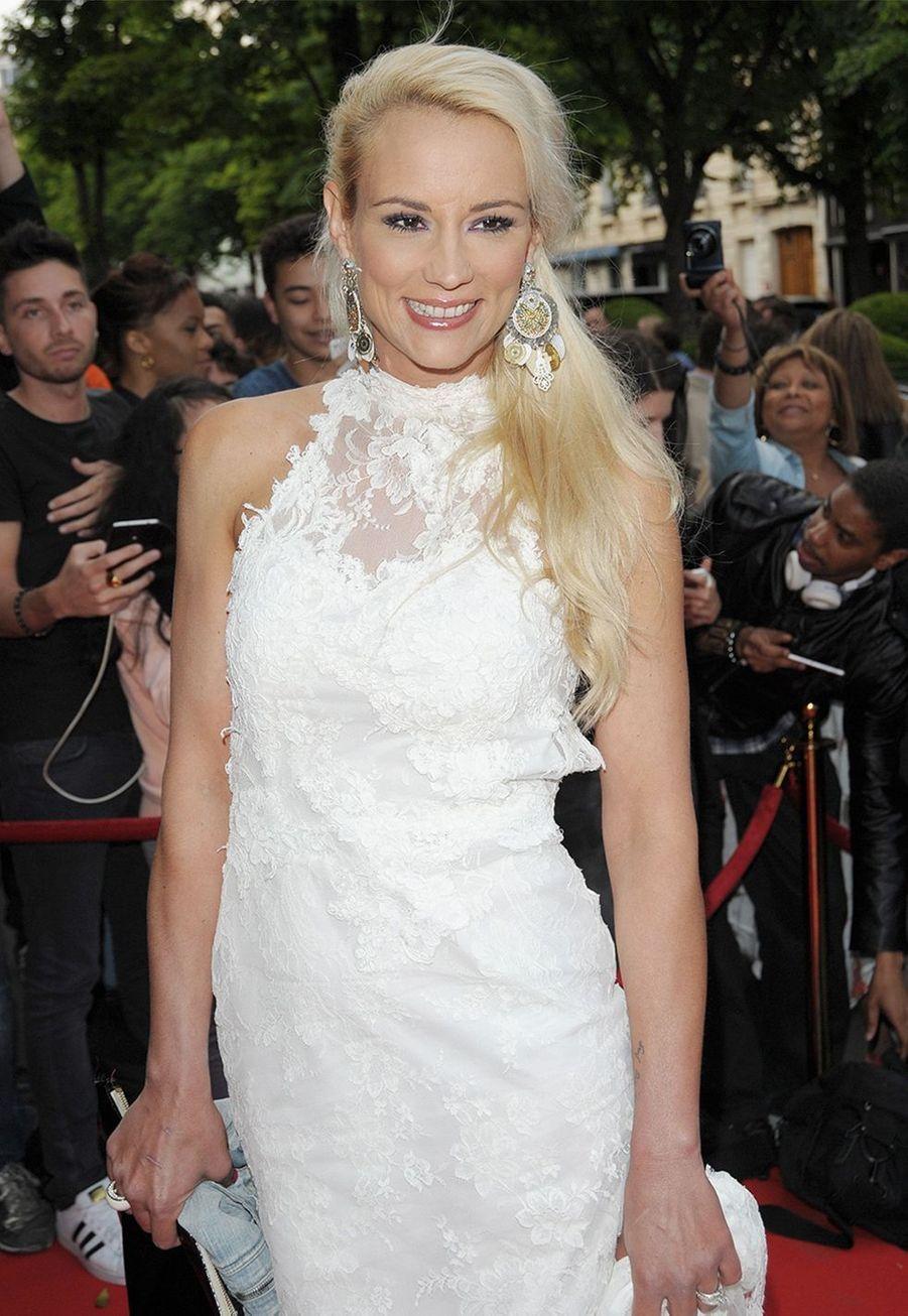 Elodie Gossuin, Miss France 2001, est la maman comblée de deux paires de jumeaux :Jules et Rose nés en 2007,Léonard et Joséphine nés en 2013.