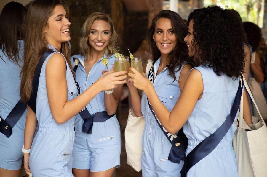 Miss Franche Comte, Lauralyne Demesmay, Miss Provence, Wynona Gueraini et Miss Cote D'Azur, Caroline Perengo