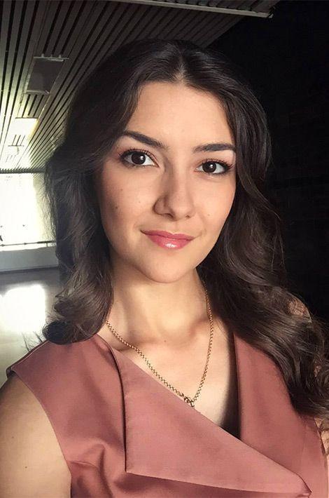 Anait Isahanova, Miss Arménie.