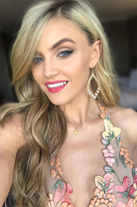 Cailín Aíne Ní Toíbin, Miss Irlande.