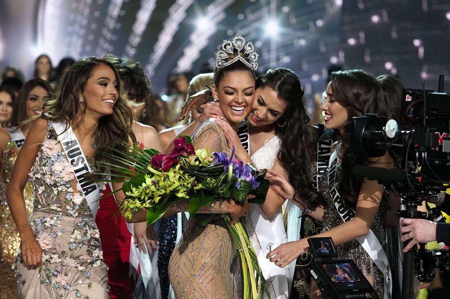 Demi-Leigh Nel-Peters, de Miss Afrique du sud à Miss Univers 2017.
