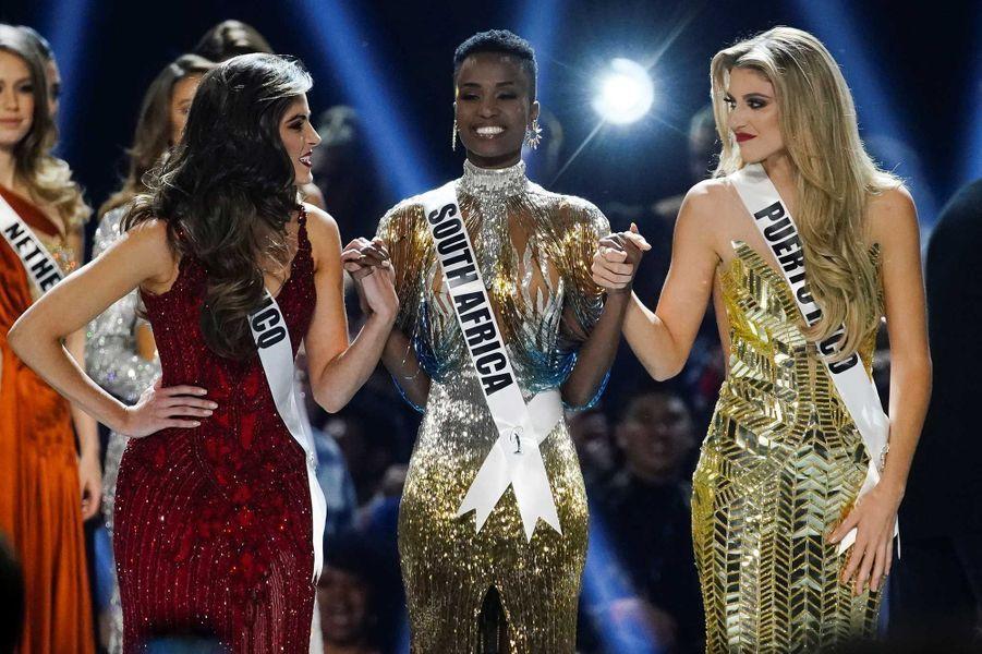 Miss MexiqueSofía Aragón, Miss Afrique du Sud, Zozibini Tunzi et MissPorto Rico, Madison Anderson