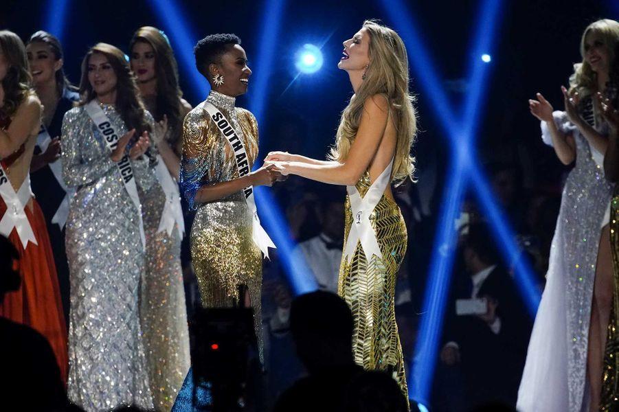 Miss Afrique du Sud, Zozibini Tunzi et MissPorto Rico, Madison Anderson
