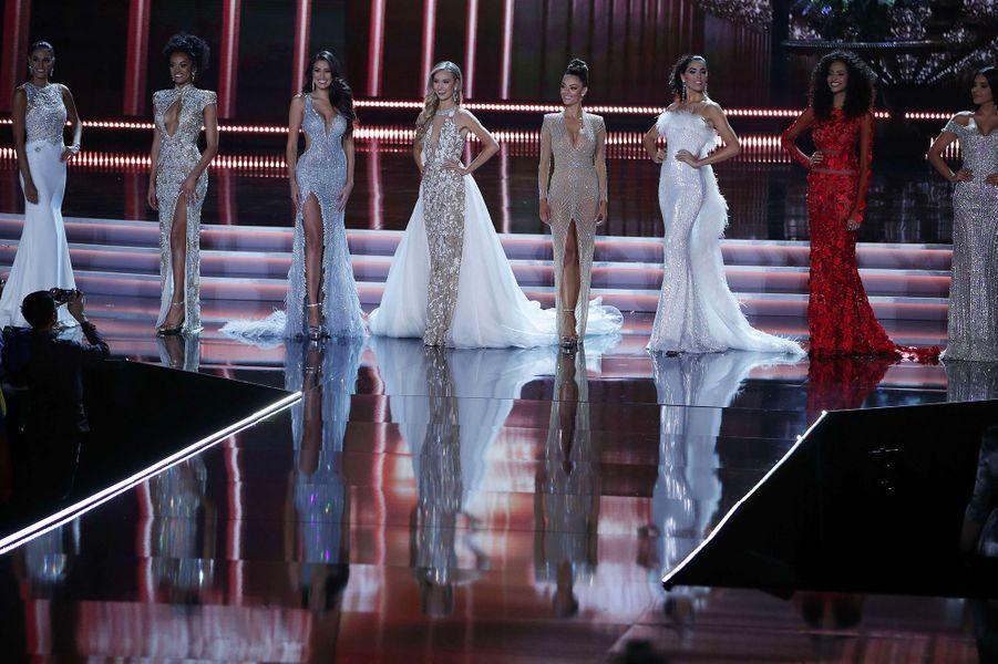 Demi-Leigh Nel-Peters, parmi les 10 dernières Miss en lice pour le titre de Miss Univers