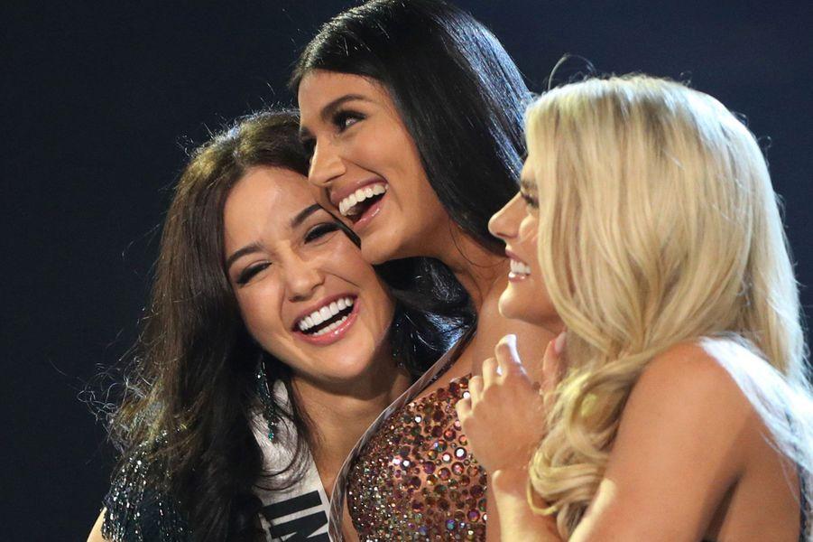 Miss Indonesie Sonia Fergina Citra, Miss VenezuelaSthefany Gutiérrez et Miss USA Sarah Rose Summers