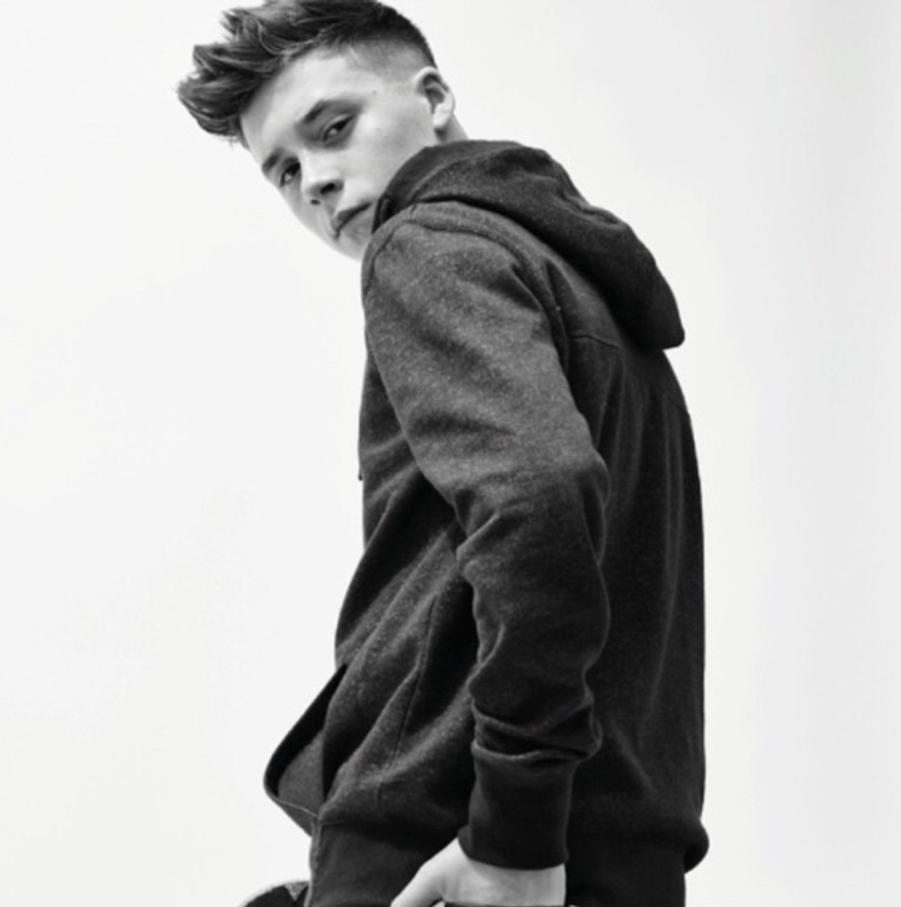"Brooklyn Beckham, star de la nouvelle campagne de la marque ""Reserved"""