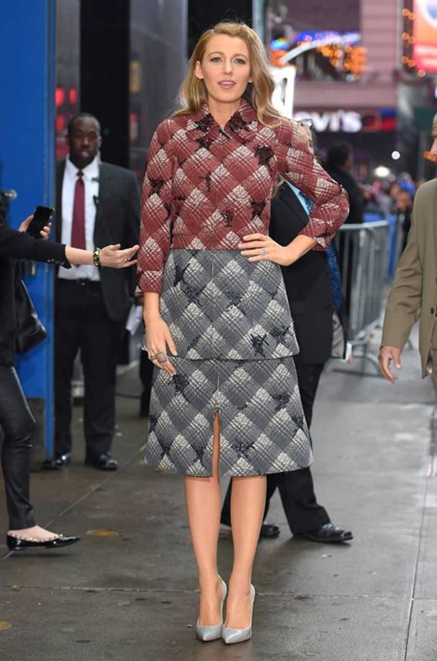 "Blake Lively en Marc Jacobs arrive à l'émission ""Good Morning America"" le 21 avril"