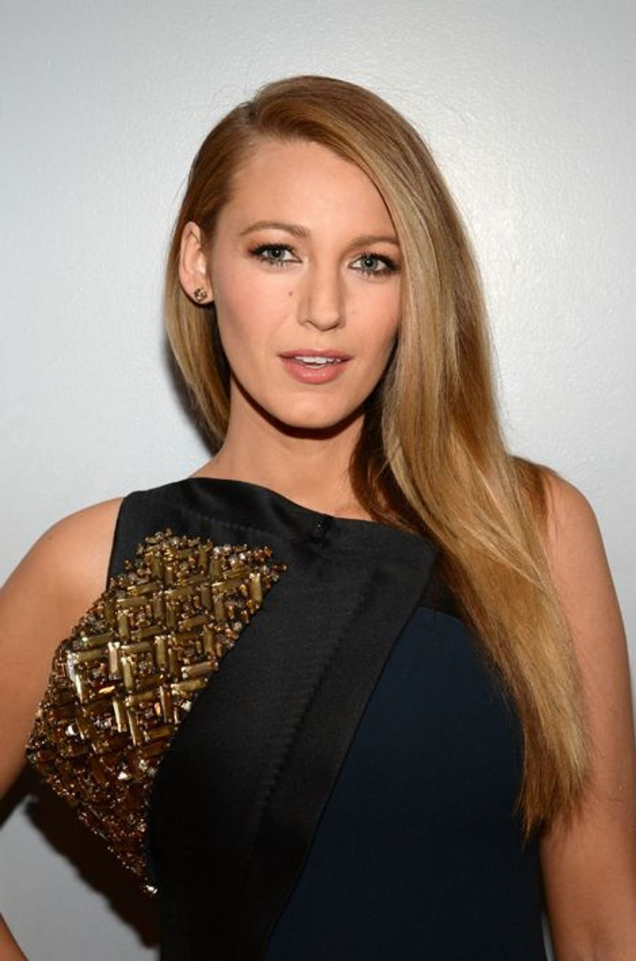 Blake Lively en robe Antonio Berardi, invitée sur l'émission de Jimmy Fallon le 21 avril