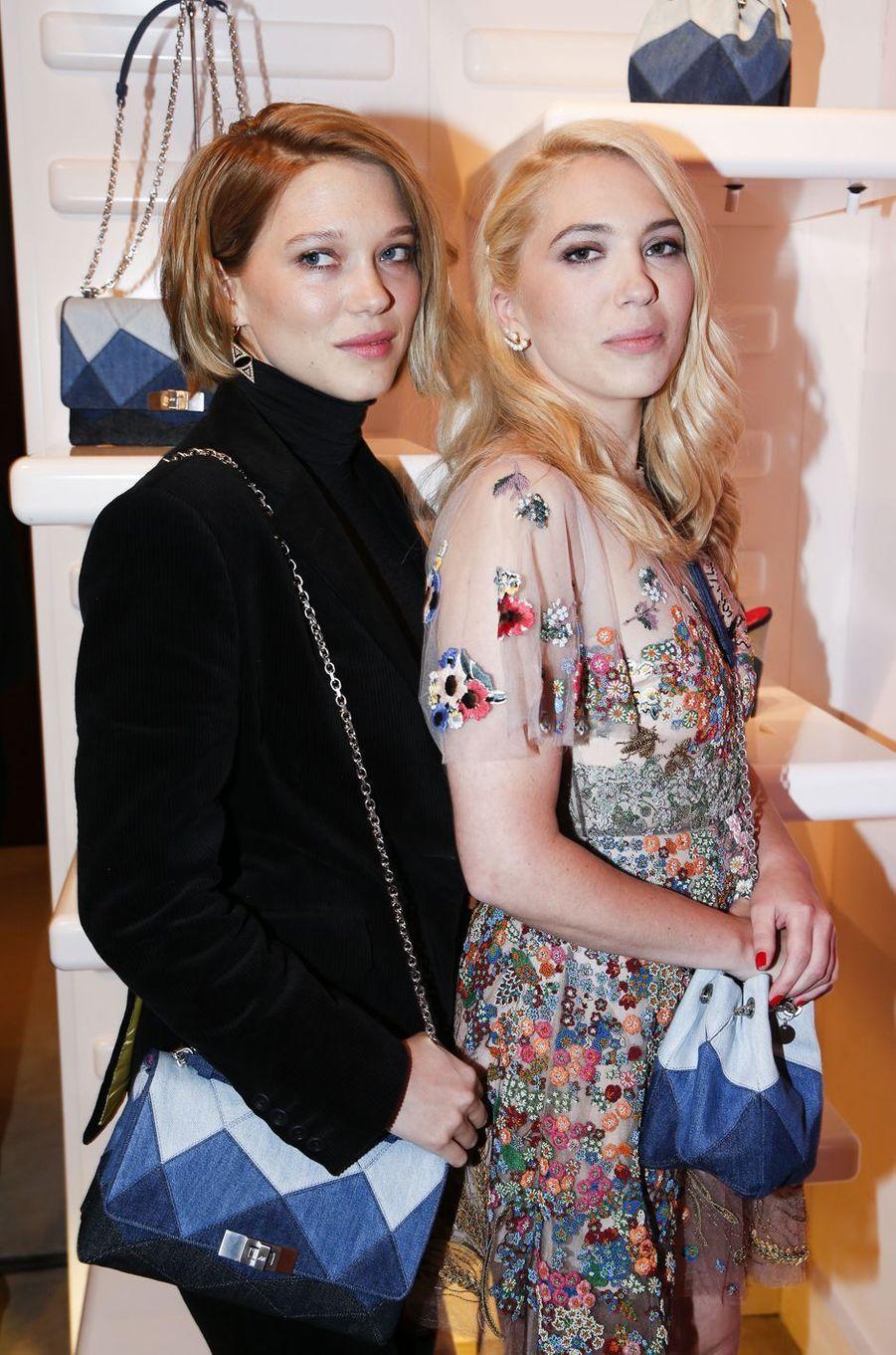 Léa et Camille Seydoux à Paris le 7 mars 2016