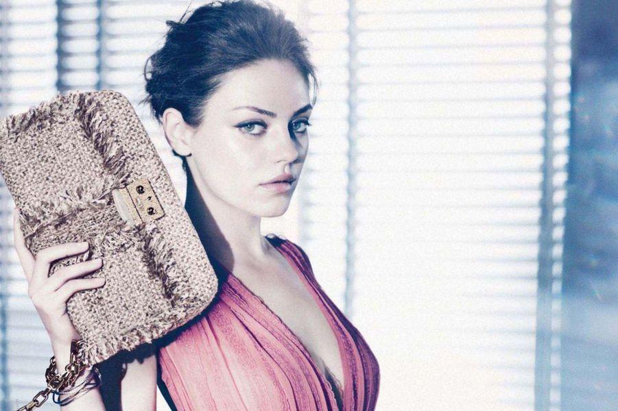 Mila Kunis, égérie des sacs Dior pour la campagne 2012