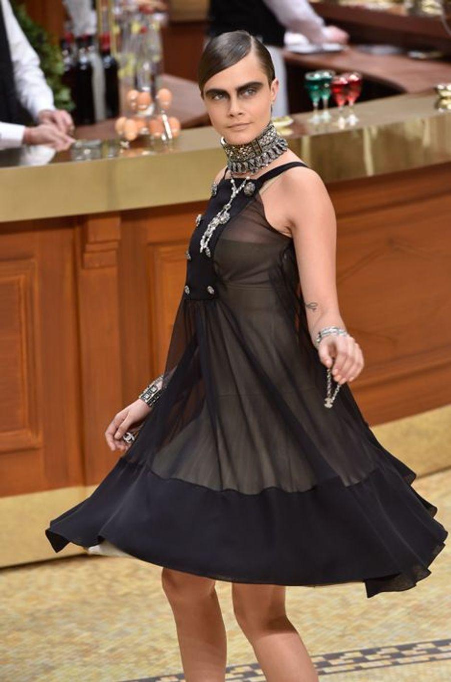Au défilé Chanel le 10 mars 2015
