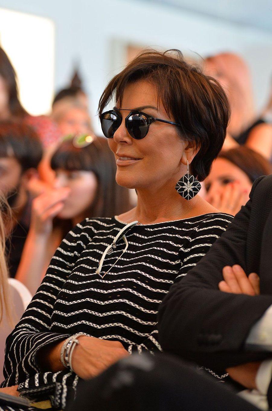 Kris Jenner veille sur sa fille de loin