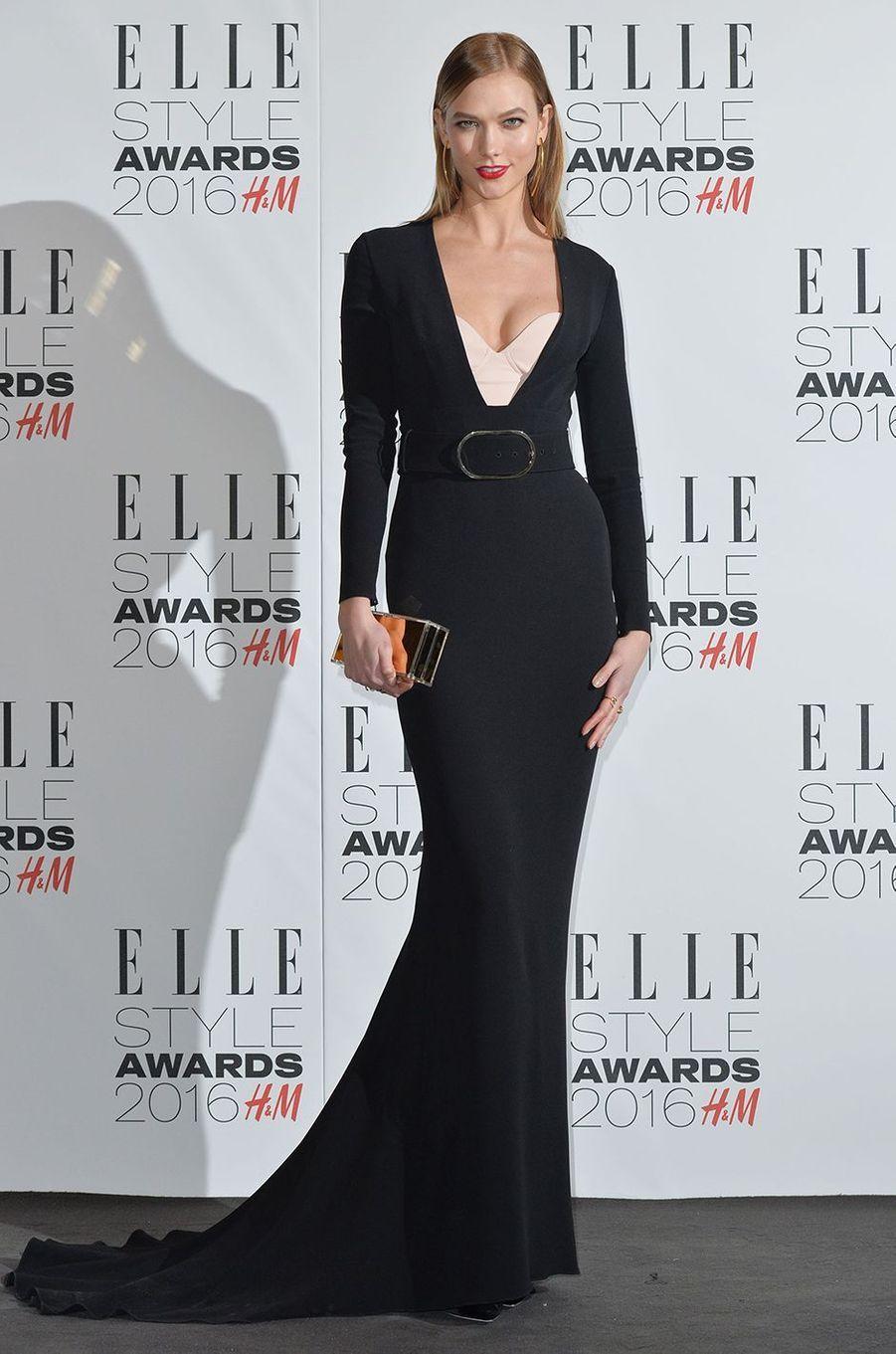 Karlie Kloss à Londres le 23 février 2016