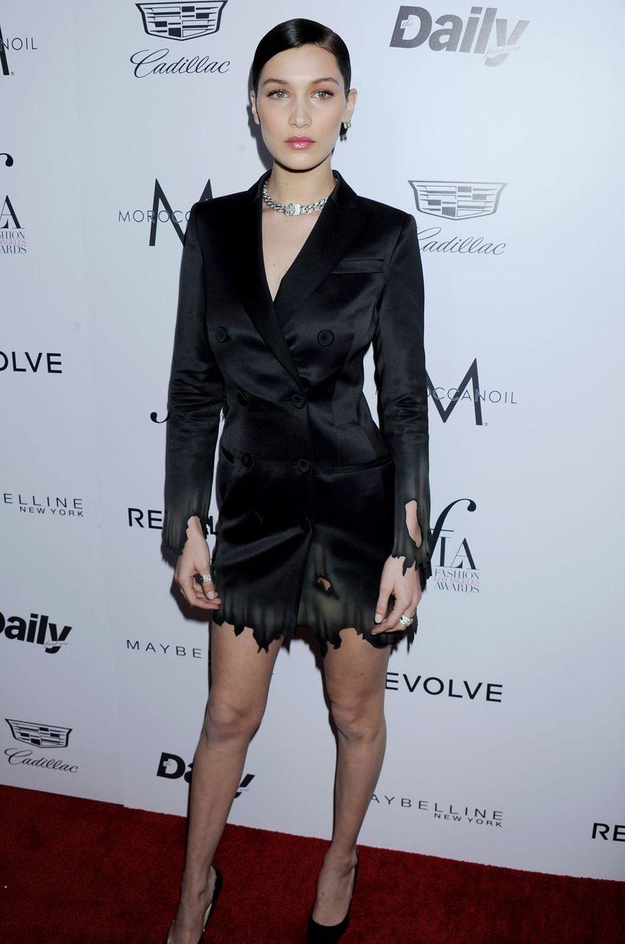 Bella Hadid à Los Angeles le 20 mars 2016