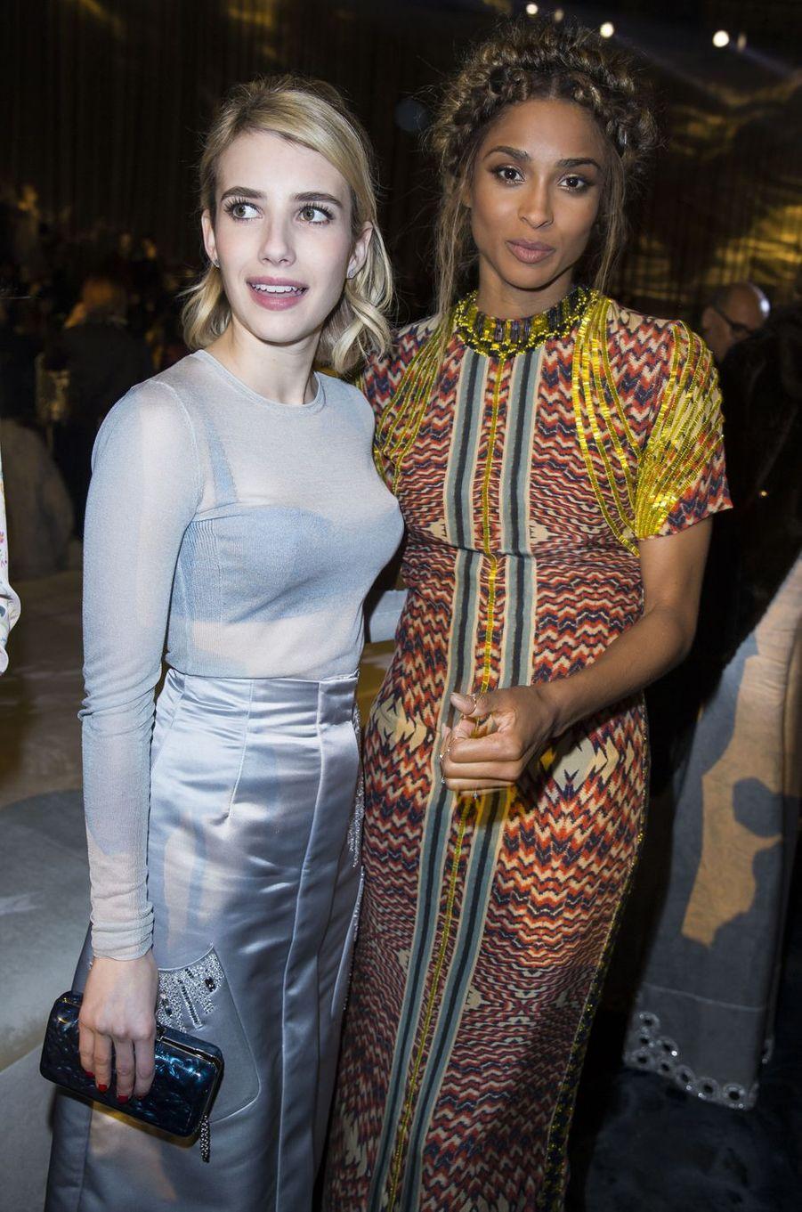 Emma Roberts et Ciara à Paris le 2 mars 2016