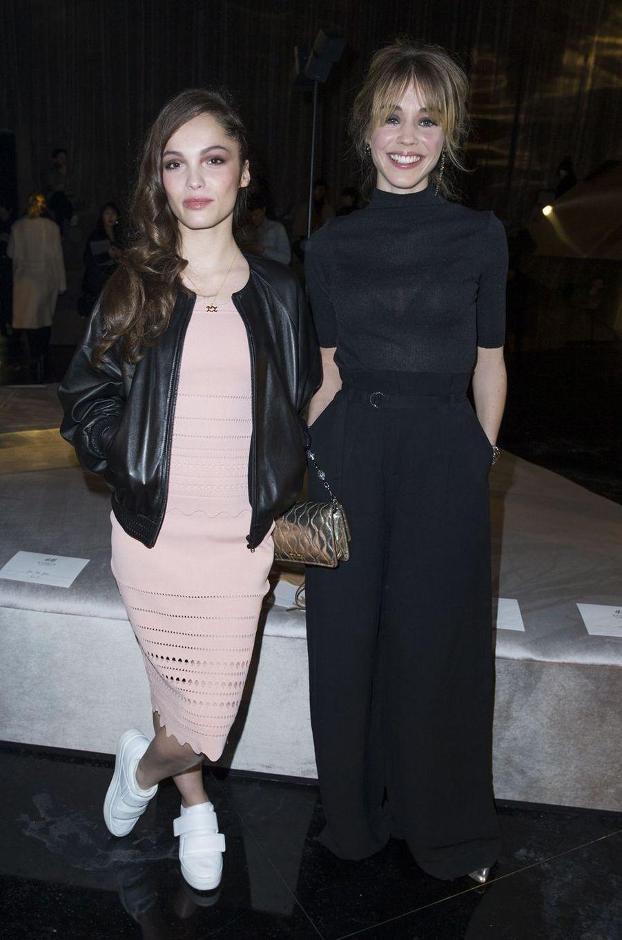 Lola Le Lann et Alice Isaaz à Paris le 2 mars 2016