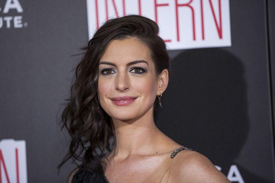 En 2016, Anne Hathaway a mis sa carrière entre parenthèses. Elle vient d'avoir son premier enfant.