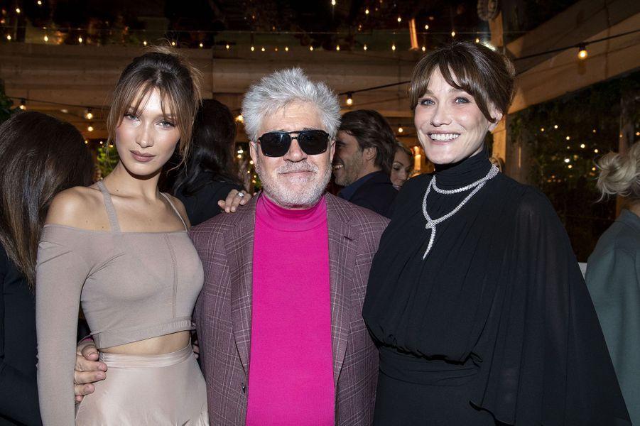 Bella Hadid, Pedro Almodovar et Carla Brunià la soirée organisée par Dior et «Vogue» au restaurantFred l'écaillerlors du 72e Festival de Cannes le 15 mai 2019