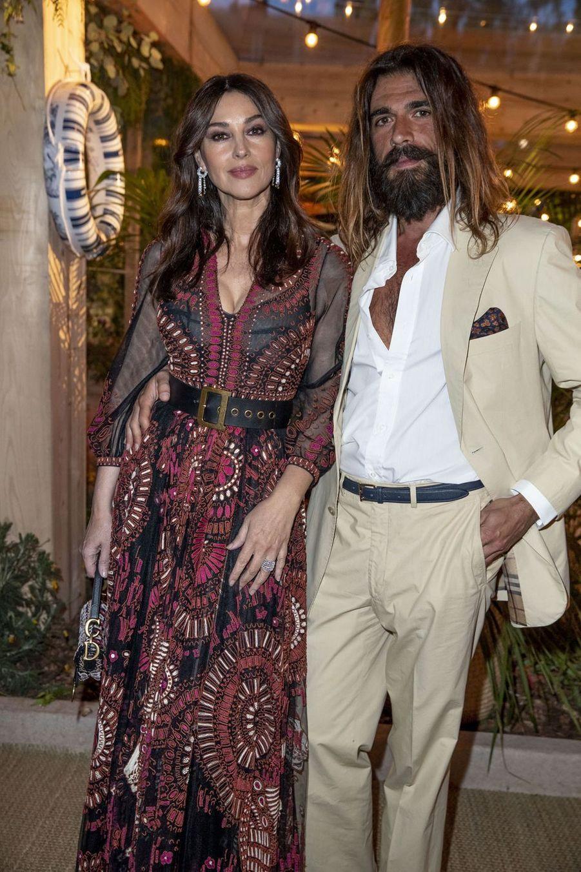 Monica Bellucci et Nicolas Lefebvreà la soirée organisée par Dior et «Vogue» au restaurantFred l'écaillerlors du 72e Festival de Cannes le 15 mai 2019