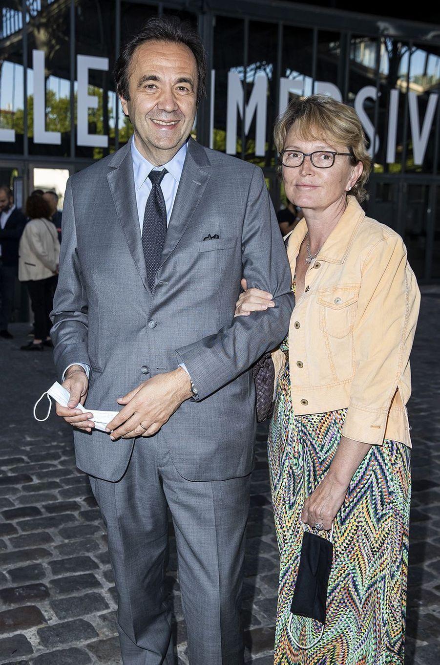 Frédéric Salat-Baroux et Claude Chiracà l'exposition Jam Capsule à la Villette à Paris le 22 juin 2020
