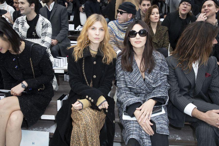Clémence Poésy et Monica Bellucci au défilé Chanel au Grand Palais à Paris le 5 mars 2019