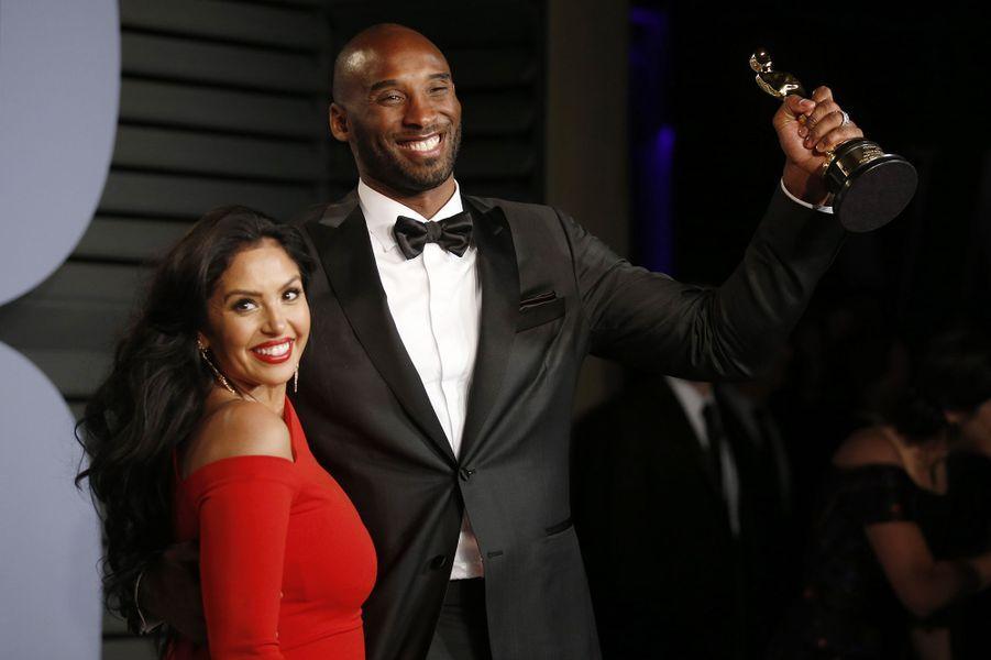 Vanessa et Kobe Bryant lors de l'after-party des Oscars à Los Angeles le 4 mars 2018. Le sportif avait reçu la statuette dumeilleur court métrage d'animation pour «Dear Basketball».