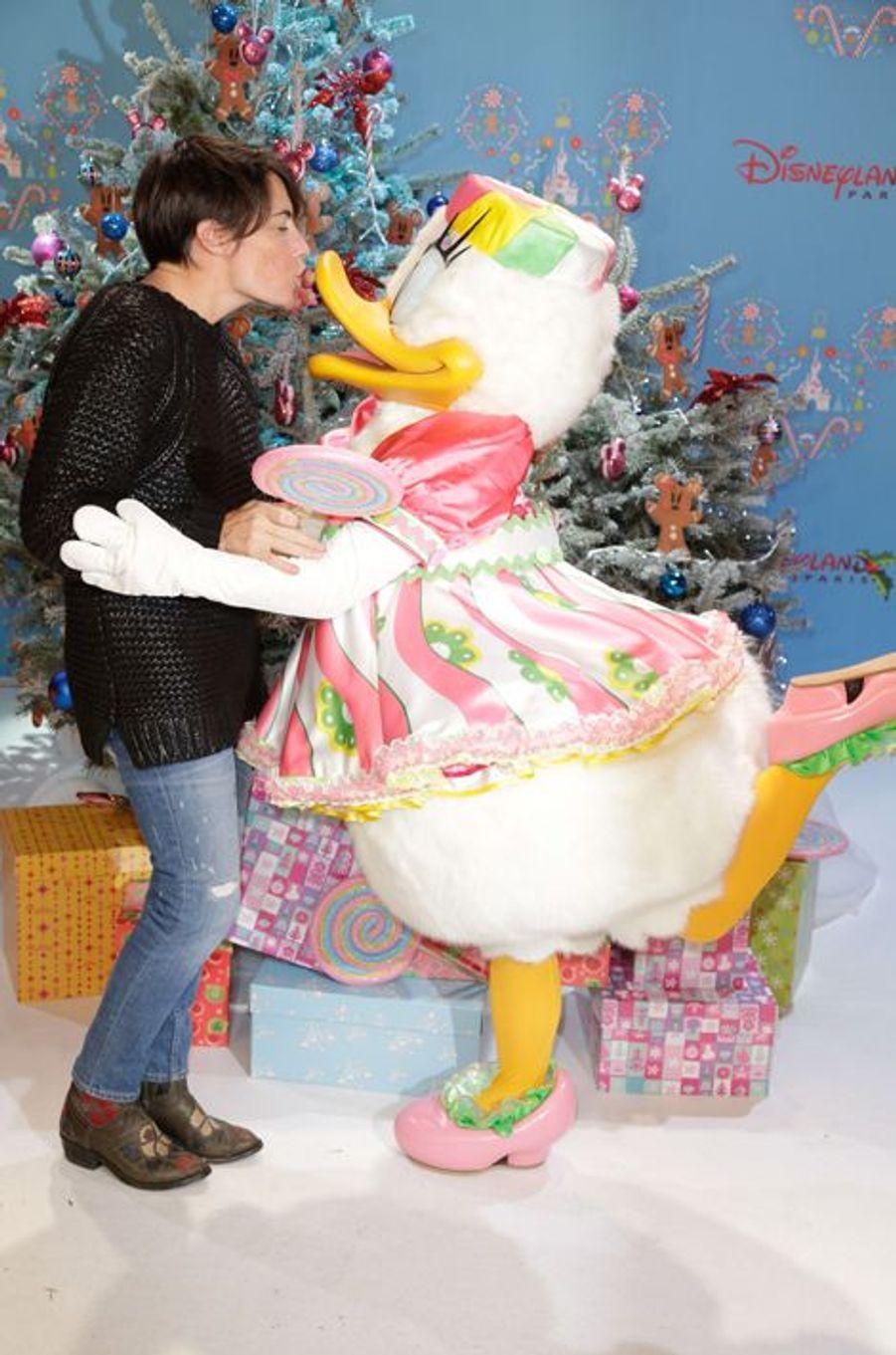 Alessandra Sublet au lancement des festivités de Noël à Disneyland Paris, le 16 novembre 2014