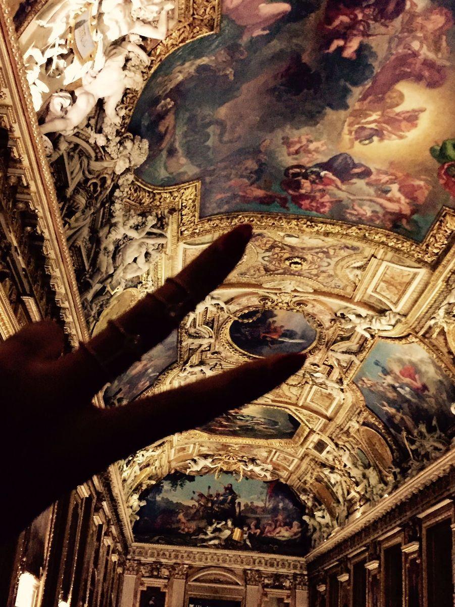 Beyoncé lors de sa visite du Louvre