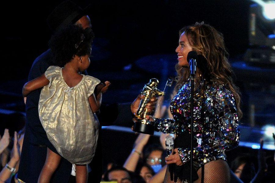 Beyoncé, Jay-Z et Blue Ivy : une famille unie aux MTV Video Music Awards !