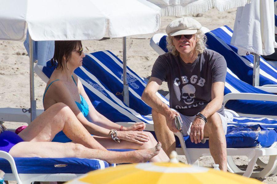 Le lendemain, le groupe a profité d'une journée à la plage