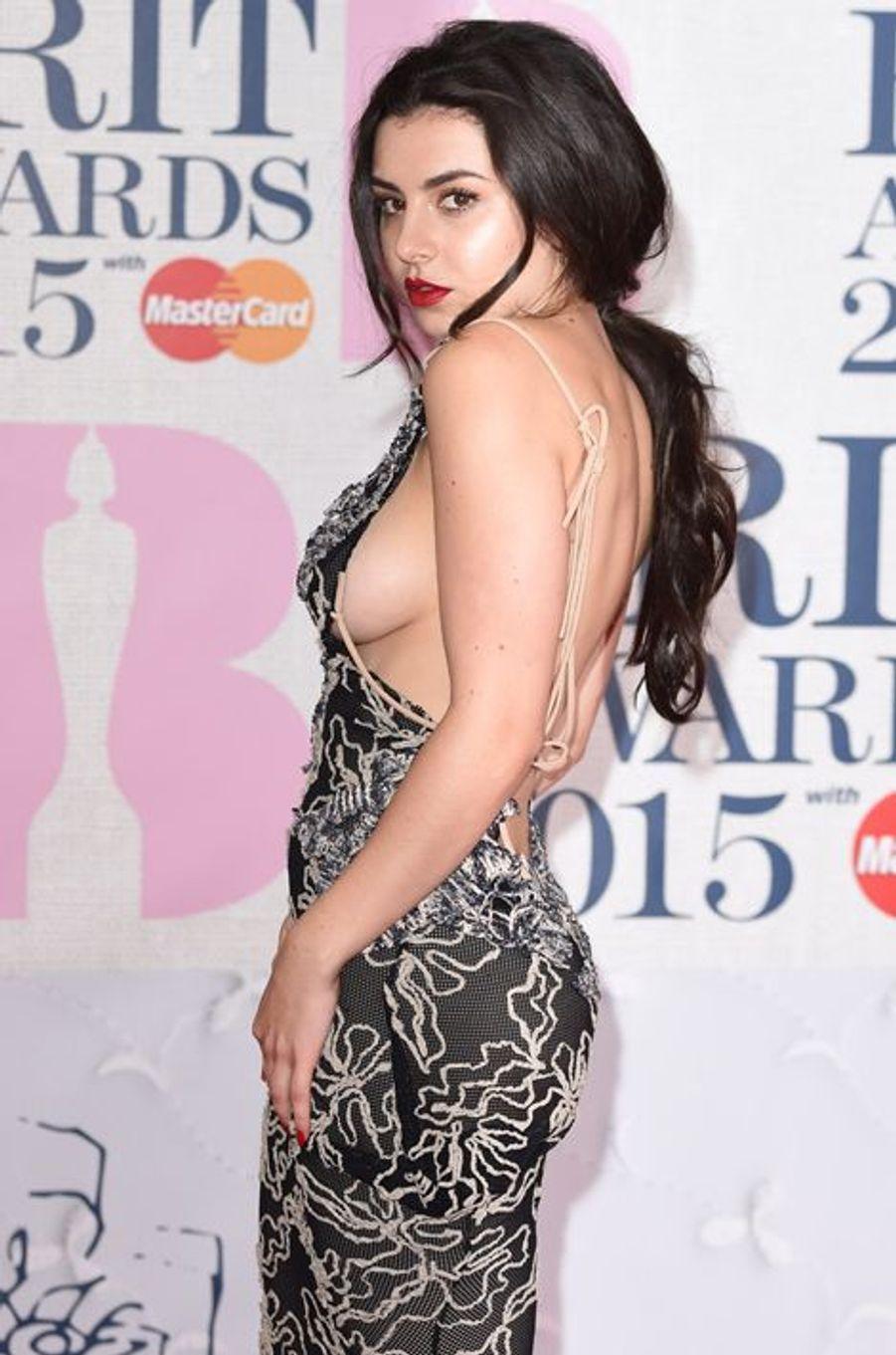 Charli XCX à Londres le 25 février 2015
