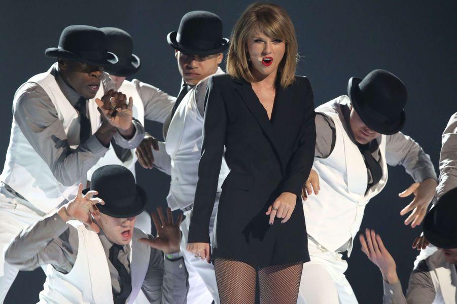 Taylor Swift à Londres le 25 février 2015