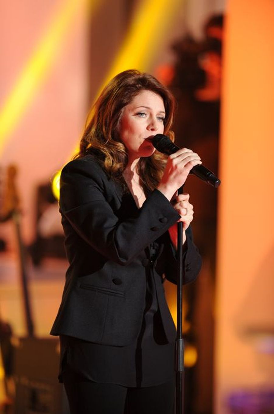 L'auteur réalise le premier album de la chanteuse québécoise, «Mieux qu'ici-bas» en 2000 et l'opus «Tout un jour» en 2004. Ils se retrouvent en 2011 pour l'album «Les grands espaces» sur lequel il s'occupe de la production, des arrangements et de l'écriture de certains titres. Ils partagent également le duo «Summer Wine».