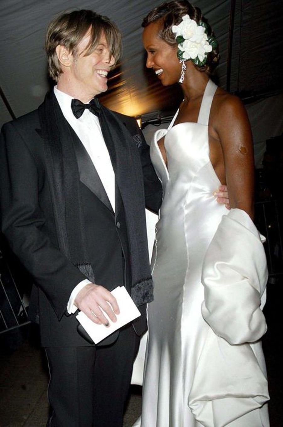 David Bowie et Iman, en avril 2003