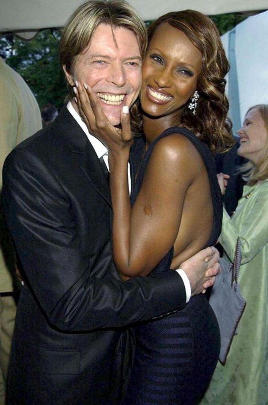 David Bowie et Iman, en juillet 2002