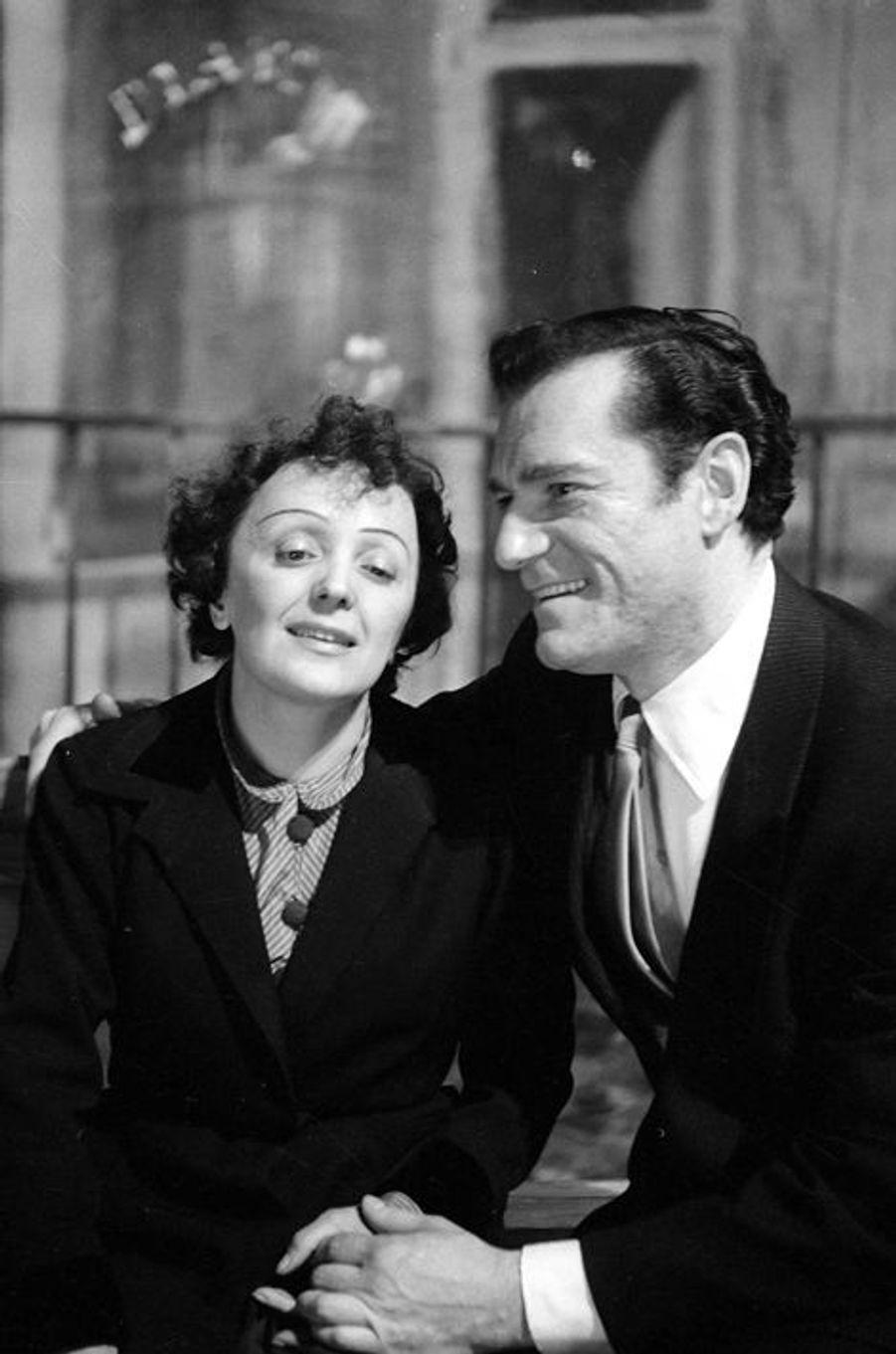 1940 : Edith Piaf et Eddie Constantine à Paris
