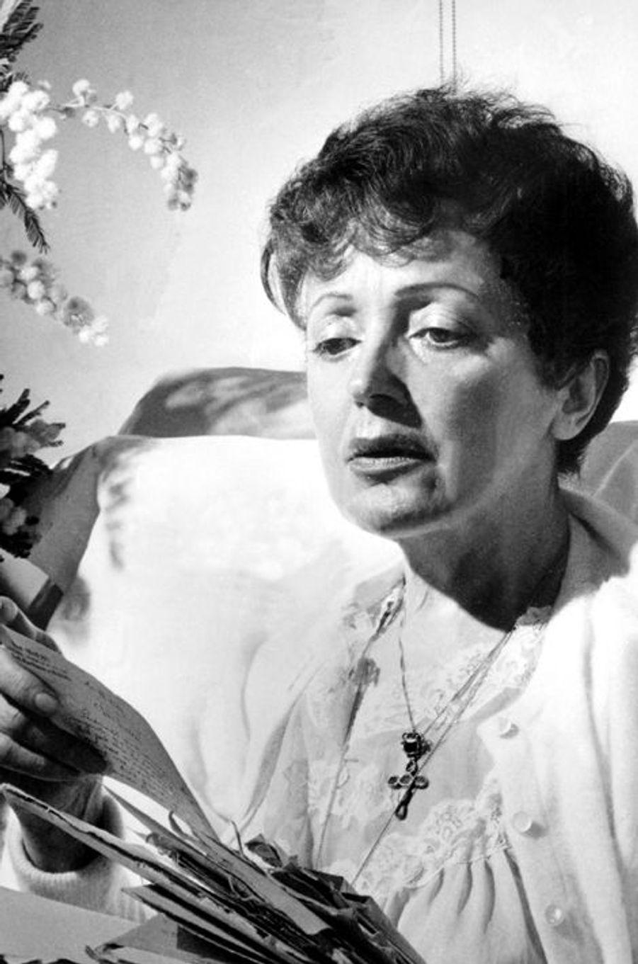 Anniversaire des 100 ans de la naissance d'Edith Piaf (19 décembre 1915 - 10 octobre 1963)