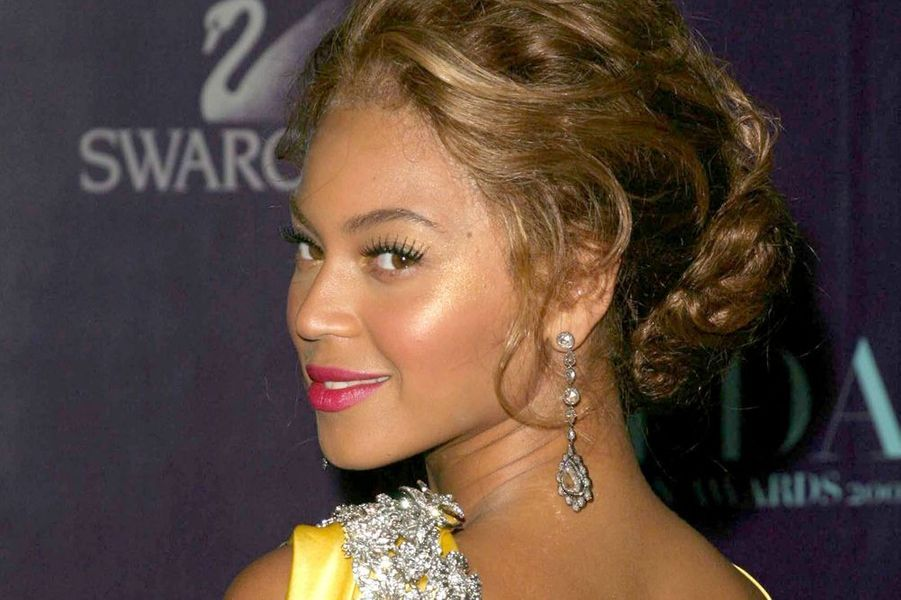 Beyoncé au CFDA Fashion Awards en mai 2004.