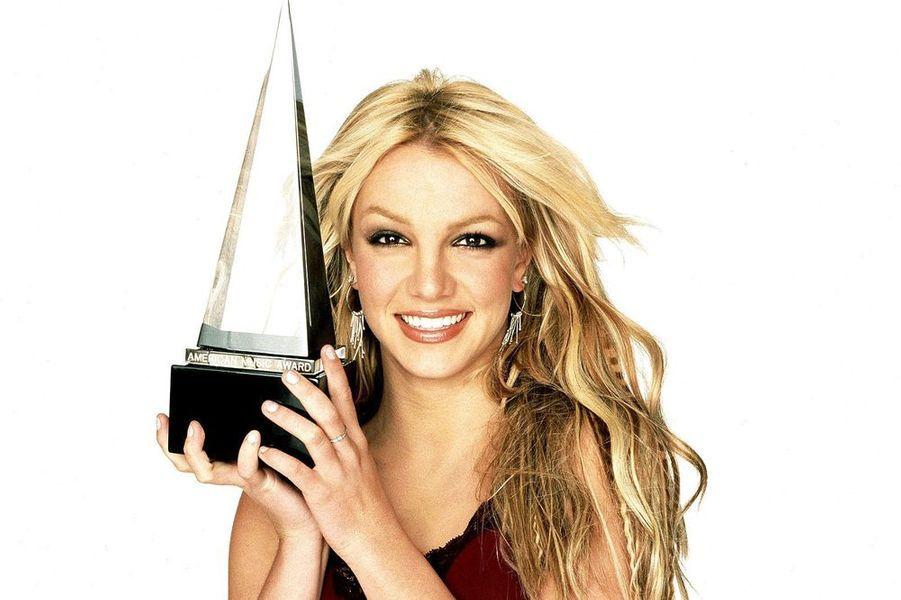 Britney Spears récompensée aux AMA's 2001.