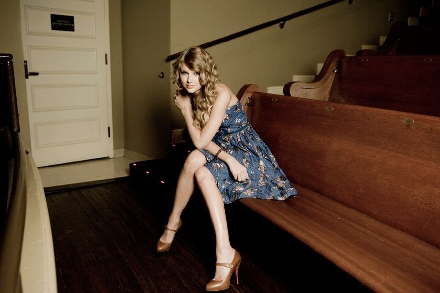 Taylor Swift pose pour Match à Nashville, août 2010