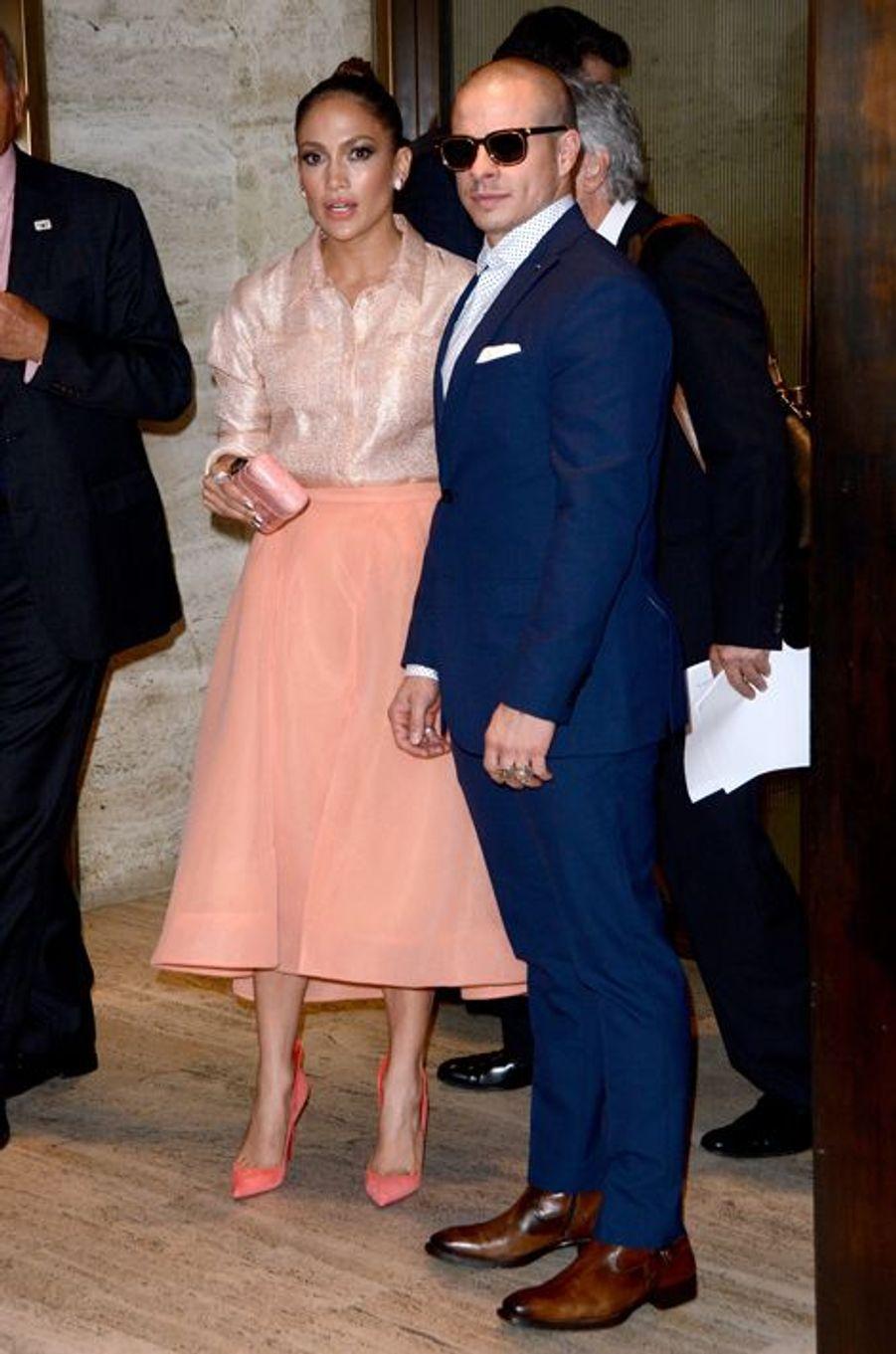 Jennifer Lopez et Casper Smart arrivent à l'hôtel Four Seasons de New York vendredi dernier.